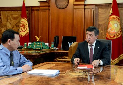 Сооронбай Жээнбеков ИИМ башчысы Кашкар Жунушалиевди кабыл алды