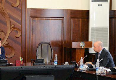 Абылгазиев: Бизнес-омбудсмен институту – бизнести колдоого алуунун жана коррупциялык тобокелдиктерди минималдаштыруунун натыйжалуу механизми