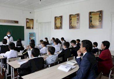 Эдил Байсалов Ош шаарындагы М.Ломоносов атындагы мектеп-гимназиясына барды
